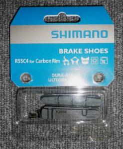 シマノ BR-9000 ブレーキシュー&固定ネジ(1ペア入り) R55C4 カーボンリム用 Y8L298070